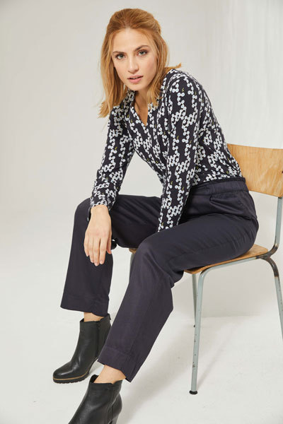 SALE: V-Neck Langarm Shirt, Allover Print, Baumwolle (Bio) - Madness
